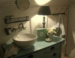 bathroom: Farms House, Bathroom Inspiration, Vintage Bathroom, Cool Bathroom, Bathroom Vanities, Bathroom Ideas, Farmhouse Style Bathroom, Robins Eggs Blue, Farmhouse Bathroom