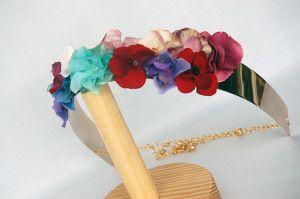 Cinturon metalico dorado con flores Luisa Gala