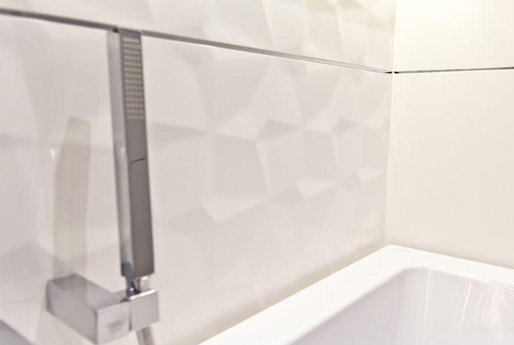 #viverto #InspiracjeViverto #łazienka #bathroom #beautiful #perfect #pomysł #design #idea #nice #cool #inspiration #biel #white #armatura #wystrójwnętrz #interior #wystrój #interiordesign #tiles #płytki #ceramika #ceramikałazienkowa #bateria #mozaika #wzór #płytki3d #3dtiles #3D