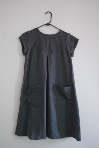 simple dress with pleat and pockets