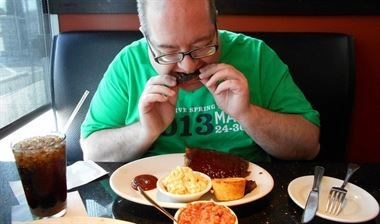 Foto: El hígado graso, una enfermedad invisible que puede empeorar en verano (FLICKR/JOEL KRAMER)