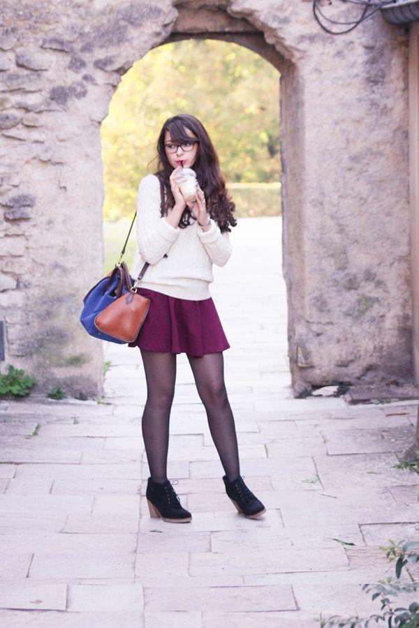 Tenue d'automne, petite jupe rouge H&M et pull en laine Jack Wills, boots Esprit, #Dollyjessy