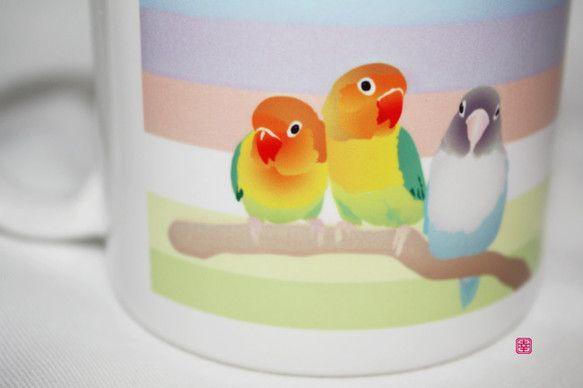 タイトル「LoveLoveLoveBirds」をマグカップにしました。(鳥の種類は、ボタンインコです。)マグカップについて・直径82mm × 高さ...|ハンドメイド、手作り、手仕事品の通販・販売・購入ならCreema。