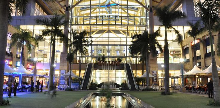 Visit South Africa's shopping centres for a great day of shopping – South African Tourism