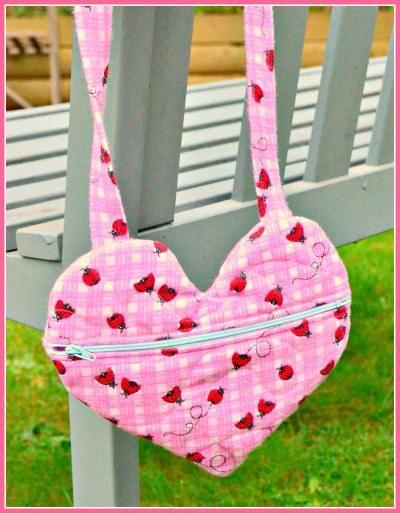 Easy Zippered Heart Purse Free Sewing Pattern + DIY from On the Cutting Floor