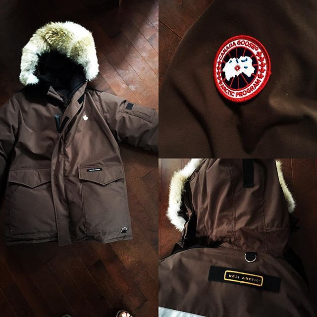 Canada Goose Ontario Parka - classic and authentic pieces that offer the best in extreme weather protection.Authentic canada goose jackets,canada goose parka,canada goose hoody,canada goose vest hot sales in our Canada Goose outlet store.