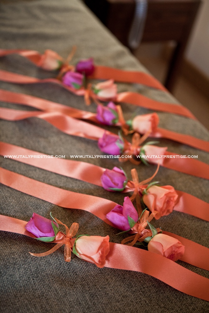 Bridal coursage trend 2013 #weddingitaly #wedding #coursages #wristlecoursage www.italyprestige.com