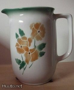 Pansies pitcher, Arabia Finland