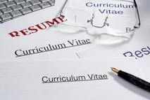 Pile of resumes and curriculum vitae, with glasses and pen, close-up : Stock Photo View similar imagesMore from this photographerDownload comp Pile of resumes and curriculum vitae, with glasses and pen, close-u - David Gould/Photographer's Choice RF/Getty Images