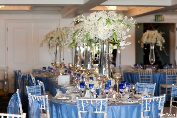 La Valencia Hotel La Jolla Cobalt blue wedding | San Diego Wedding Blog