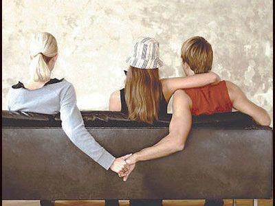 Varios estudios a nivel mundial comprobaron que una de cada tres personas comete adulterio una vez en su vida. Descubrir una infidelidad puede ser más fácil de lo que imaginás: nadie es tan cuidadoso como para no dejar ningún rastro. ¡Sólo tenés...