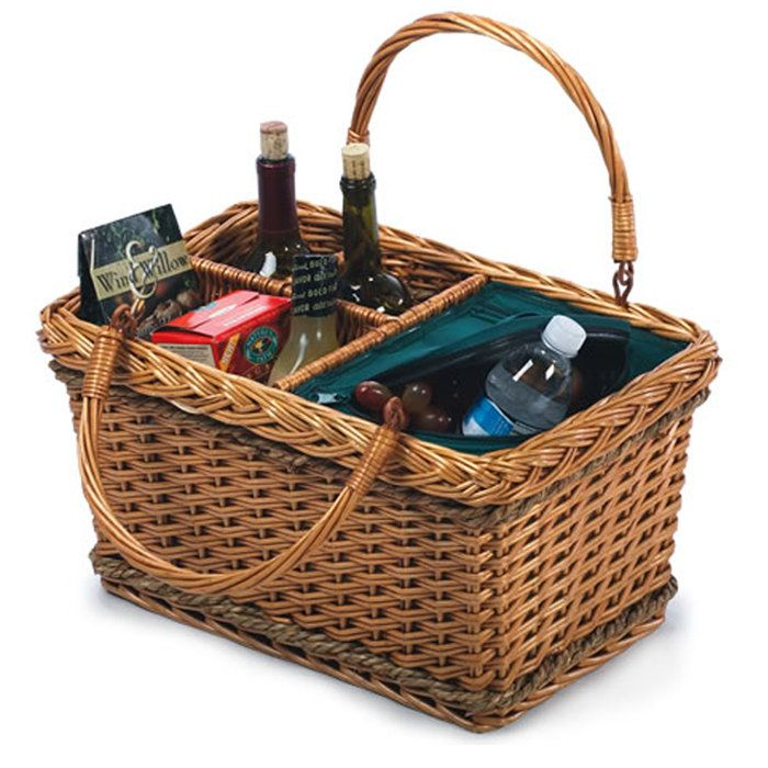 Ideas For A Picnic Basket Gift : Best picnic baskets images on