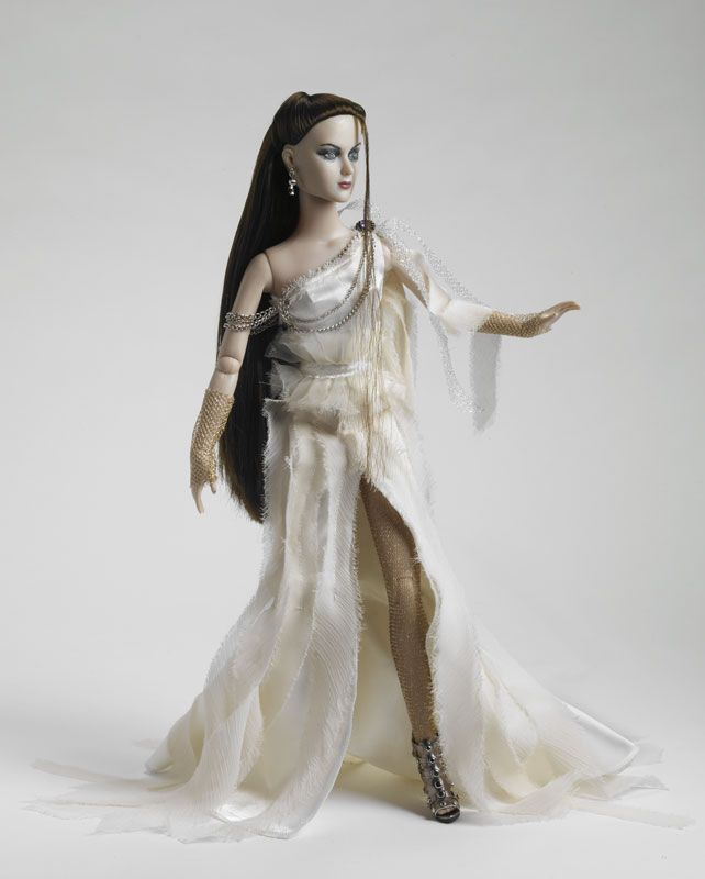 A Lady And Her Dire Wolf: 53 Best Images About Dolls: Happily Ever After! On Pinterest