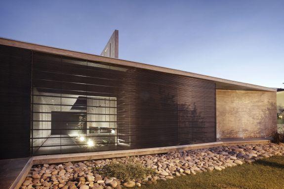 """Casa Codina  Producto: Revestimientos Interiores de Muro   Miniwave  Programa: Casa,  Arquitectos: """"A4 Arquitectos"""