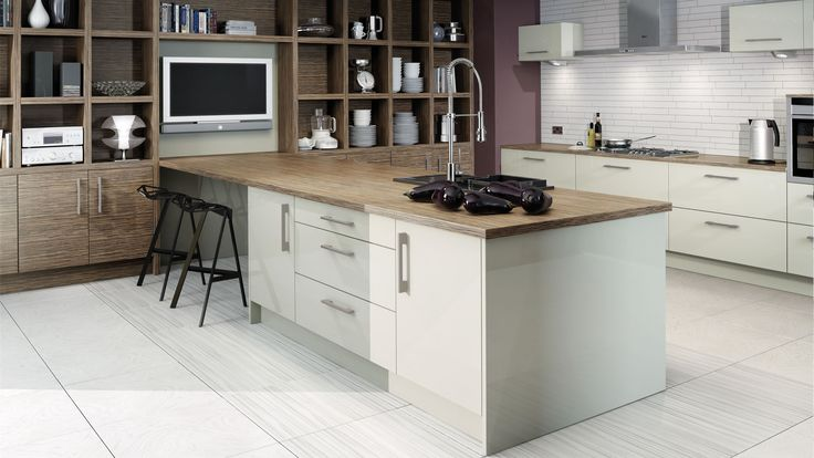 9 best images about fusion kitchens on pinterest beach for Kitchen ideas zebrano