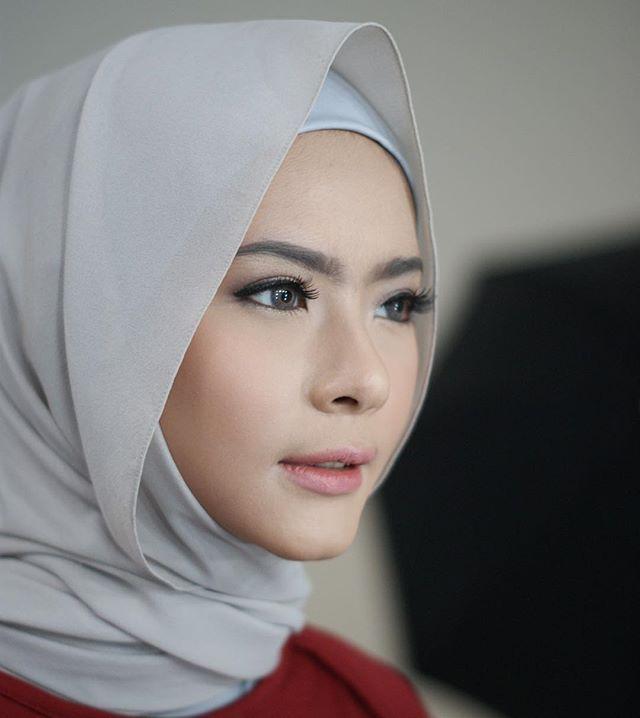 @fairuzsakinah #makeup by #neosevituri #makeupartist #makeupartistjakarta…