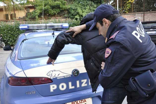 Operazione antidroga: la Polizia di Stato sequestra due kg di eroina