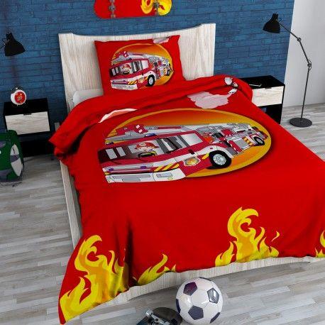Superbe housse de couette coloris rouge ! Fabriquée en coton de haute qualité et dotée d'un motif camion pompier agréable pour le plaisir de vos enfants ! El...