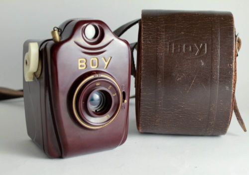 rare RED Bilora BOY Luxus bakelite Camera Vintage 127 film w/ case antique mini