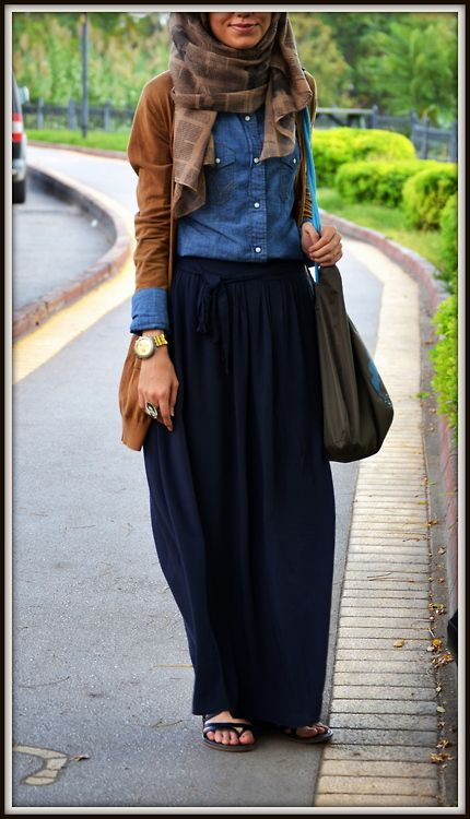 Street Hijab Fashion - I love this for a classic autumn look