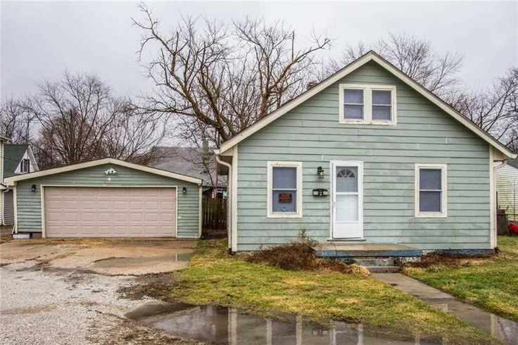 Home for sale at 351 Cincinnati Street Franklin, IN 46131, with MLS 21520344.