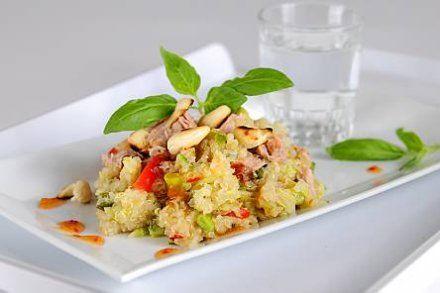 Resepti: Kvinoasalaatti