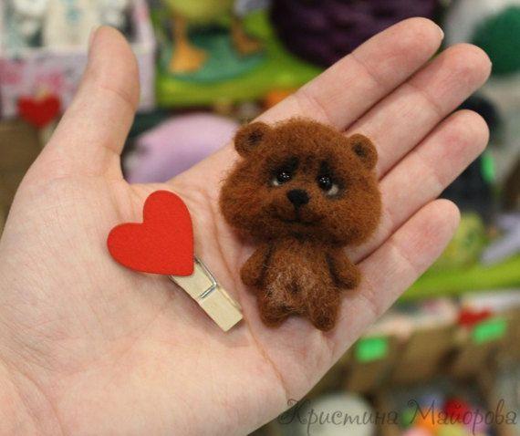 brooch bear (Брошь медвежонок)