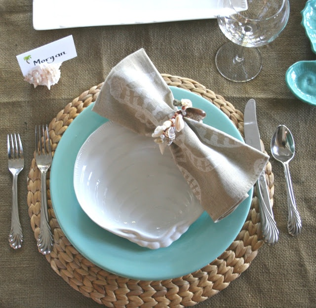 beachy tablescape - oh my...I love this...colors...seahorse napkin...shell plate and Tiffany colored plate!