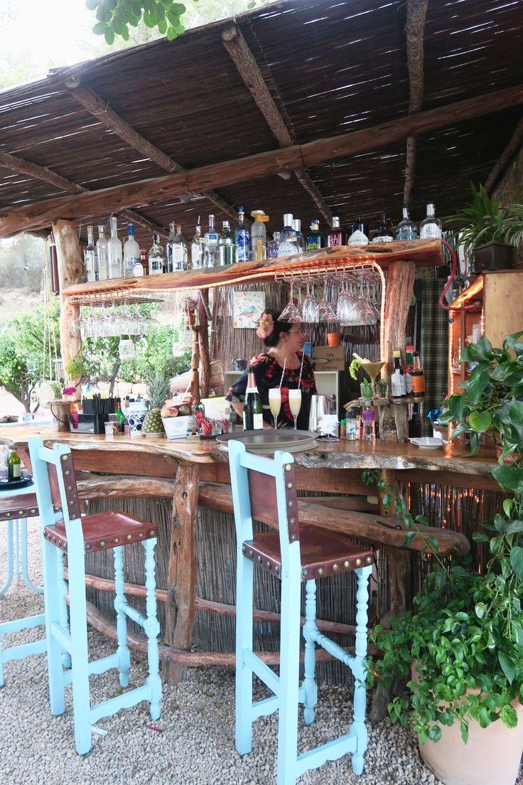Lichtjes in de bomen, waanzinnig eten en cocktails | La Paloma Ibiza