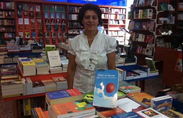 Pentru cel de-al 5-lea an consecutiv Editura Herald implică cititorii, librăriile şi oamenii din spatele cărţilor, într-o campanie naţională desfăşurată în lunile de vară, cu tematica FOCUS PE CARTE, care combină în mod inedit pasiunea pentru citit cu cea pentru fotografie şi imaginar.  Continuarea aici: http://www.ziarulring.ro/stiri/cultura/219786/Din-dragoste-pentru-carte-Campania-TE-ASTEPTAM-IN-LIBRARIE-