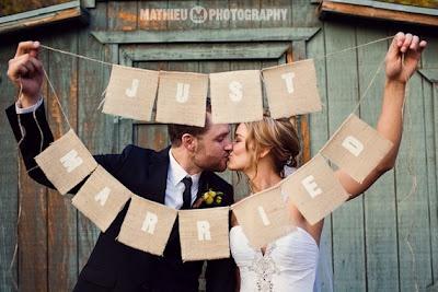 Just Married :): Chic Decor, Photo Ideas, Wedding Ideas, Photo Props, Cute Ideas, Wedding Photo, Burlap Banners, Wedding Banners, Just Married