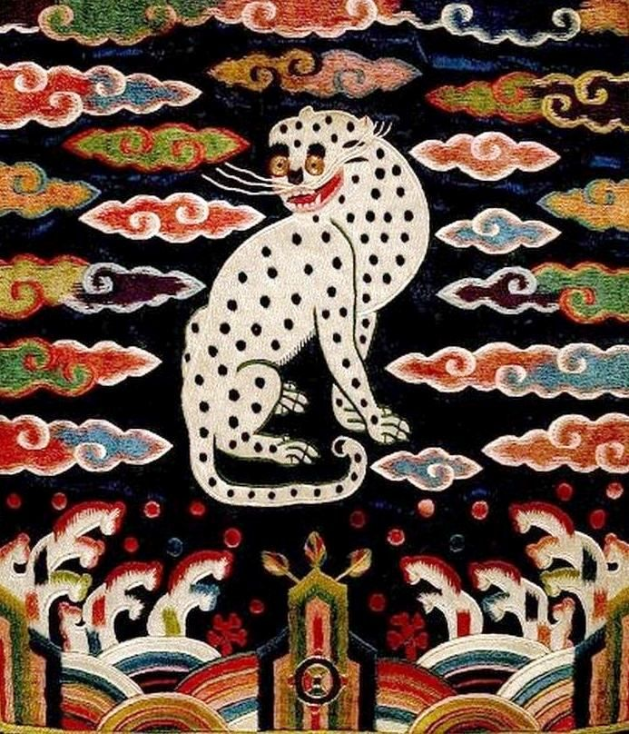 Textile design of a snow leopard, 19th century Korean embroidery, Chosôn dynasty. ~via Harvard University