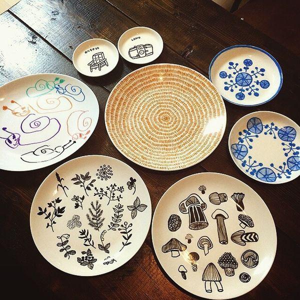 マーカーを使って食器に絵を書き、オーブンで温めるだけでオリジナルの模様が作れちゃう! そのお手軽さからインスタで話題に 白い食器をキャンバスにデザインの可能性は無限大!家族と一緒に世界に一つだけの食器をデザインしちゃいましょう!