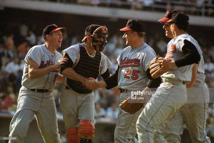 Moe Drabowsky congratulated for relief performance. (1966 World Series - Game 1)