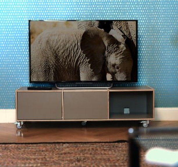 46+ Tv board auf rollen 2021 ideen