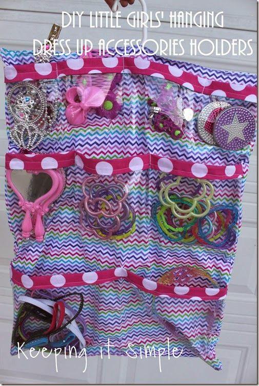 DIY Little Girls� Hanging Dress Up Accessories Holder