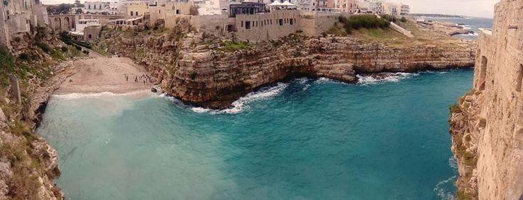 Polignano a Mare, stupenda spiaggia di giorno e di notte | WePlaya