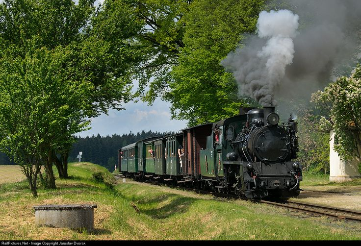 "The largest steam locomotive Jindřichův Hradec local railways U46.101, called ""Péiksa"" or, increasingly, ""Polka"", ensures a regular steam operation between Jindřichův Hradec and Nová Bystřice. CZ / 229 Jindrichuv Hradec - Nova Bystrice (Station Blazejov)."