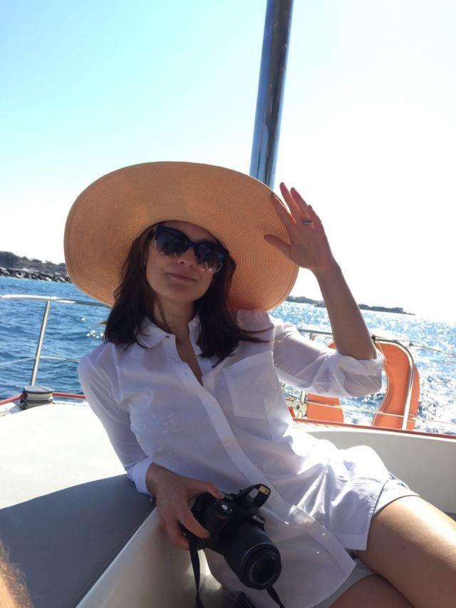 Catamaran cruise - Santorini