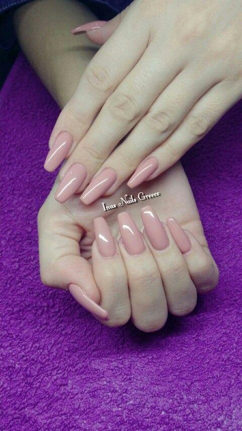 #beige #longnails #acrylicnails #inasnails