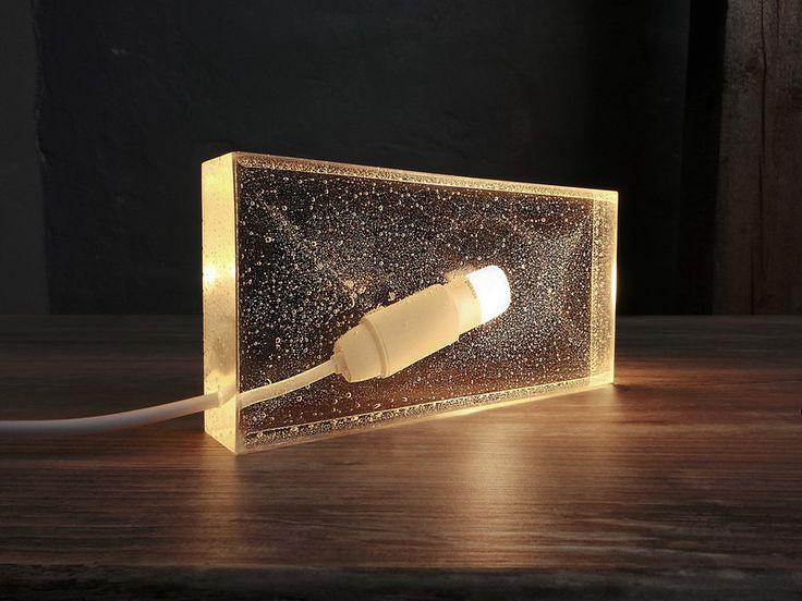 ber ideen zu moderne tischlampen auf pinterest lampen moderner tisch und wandbeleuchtung. Black Bedroom Furniture Sets. Home Design Ideas