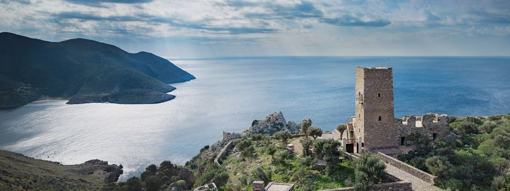 arrange your travel experience in Greece