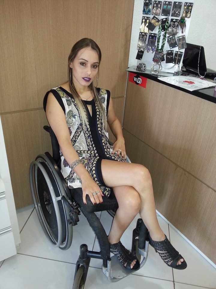dating a guy in a wheelchair yahoo