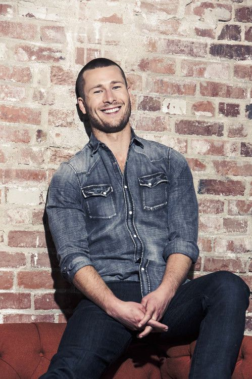 Fall in love with Glen Powell aka Scream Queens Chad Radwell - breakout star 2015