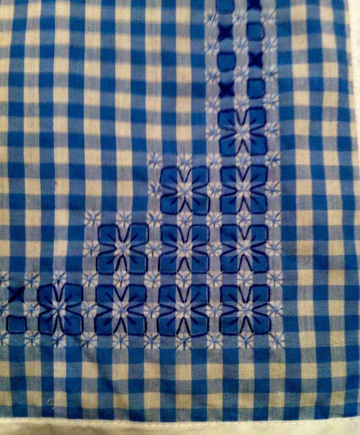 Corner pattern of table cloth