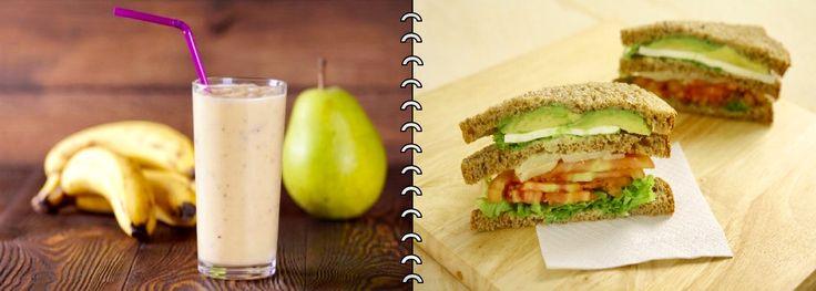 """""""Desayuno Gástrico"""" Sándwich integral acompañada de capa de tomate y palta con queso fresco y fondos de alcachofa. Acompañado por un jugo de pera y plátano que contiene enzimas capaces de tratar la inflamación de la mucosa gástrica."""