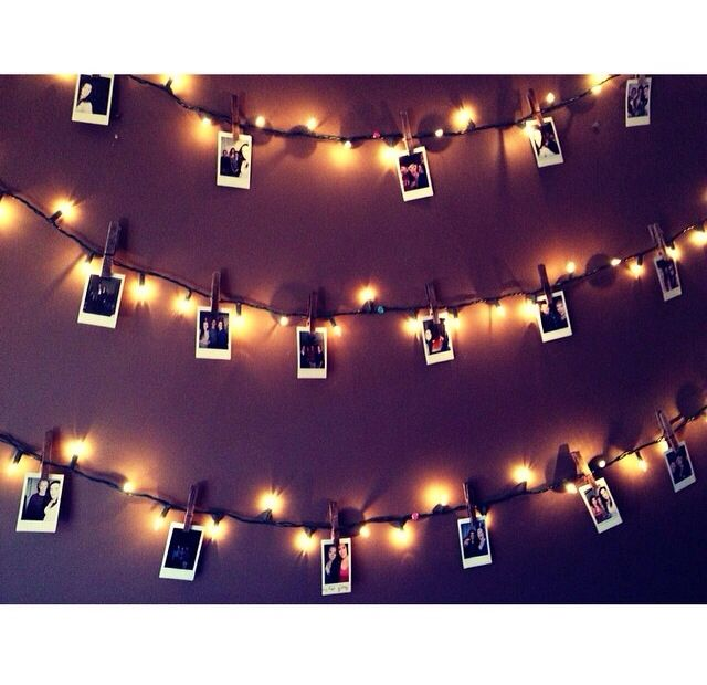 DIY polaroid wall (not my picture )
