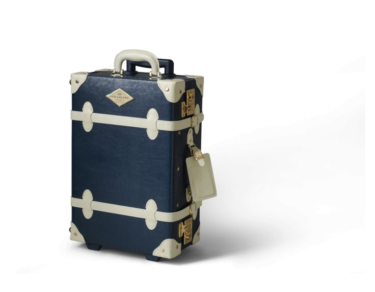 The Entrepreneur collection in Navy | SteamLine Luggage