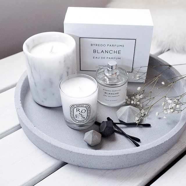 Concrete tray | Byredo perfume | Diptyque candle | Concrete diamonds