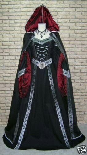 Capa e vestido de época